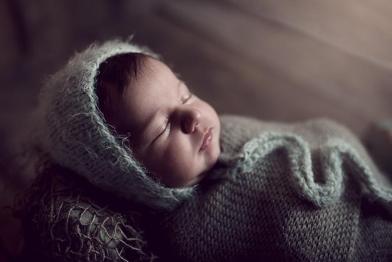Newborn Elodie HR--2.jpg