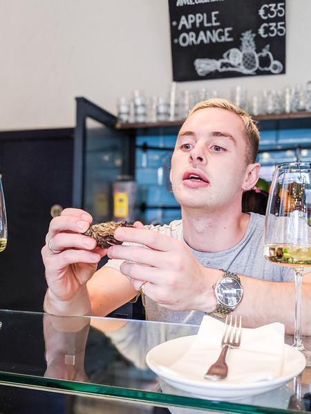 klaw seafood cafe oysters dublin-6.jpg