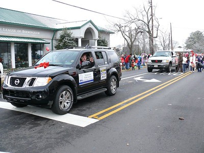 Homewood Library Director, Deborah Fout, Cruises in the Homewood Christmas Parade 2009