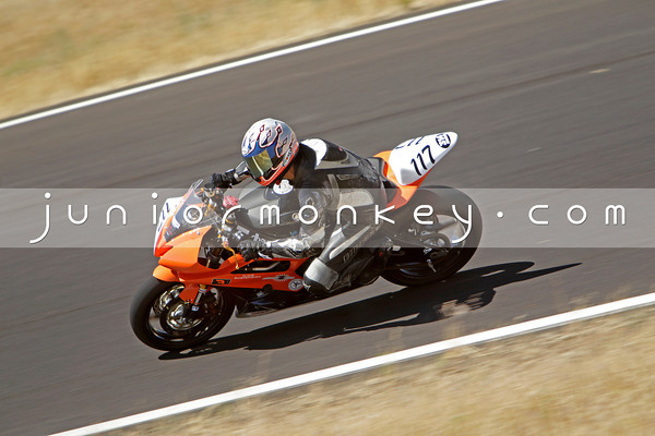 117 - Orange Black R6