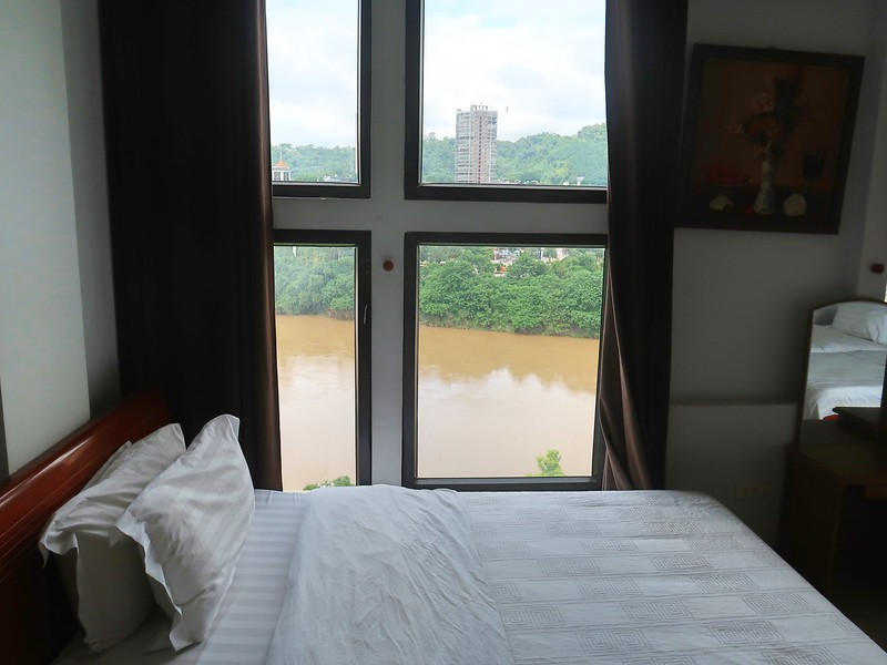IMG_4389-bed-view-of-china.jpg