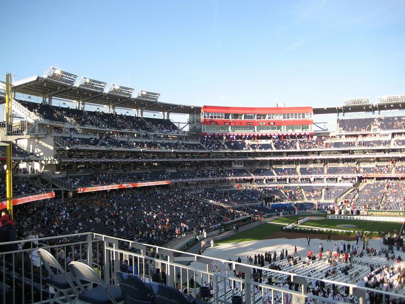 Pope Mass Nats Stadium 4-17-08 016.jpg