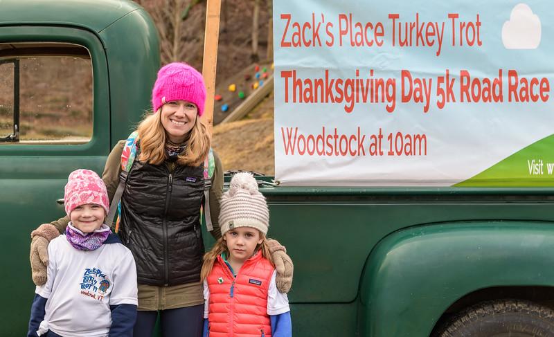2019 Zack's Place Turkey Trot -_8507773.jpg