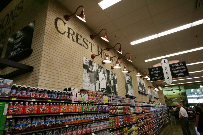 Crest Fresh Market 027.jpg