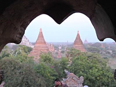 Days 1 - 9 of 18: Yangon - Bagan - Riverboat - Mandalay - Kalaw