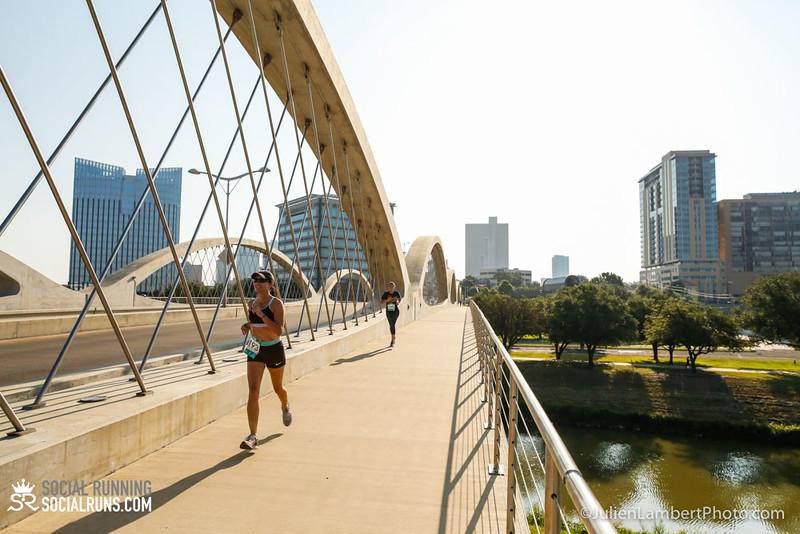 Fort Worth-Social Running_917-0075.jpg