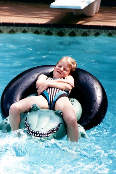 1989_April_Swimming Orlando Pirates Cove _0002_a.jpg