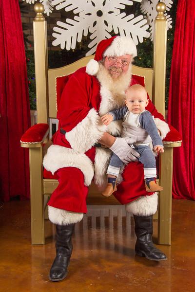 Santa 12-16-17-241.jpg