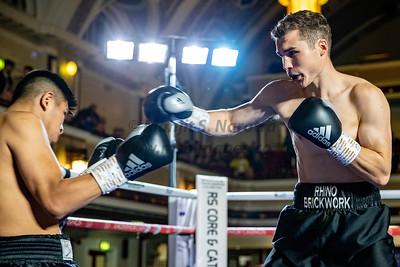 Connor Parker vs Lesther Cantillano