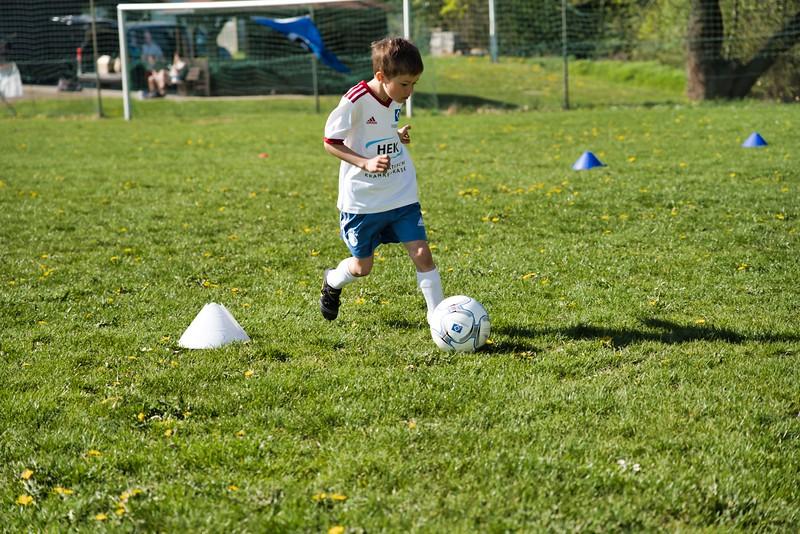 hsv-fussballschule---wochendendcamp-hannm-am-22-und-23042019-u65_40764452763_o.jpg