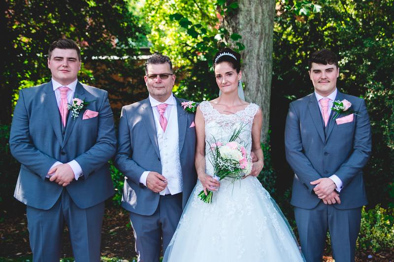 Mr & Mrs Hedges-Gale-100.jpg