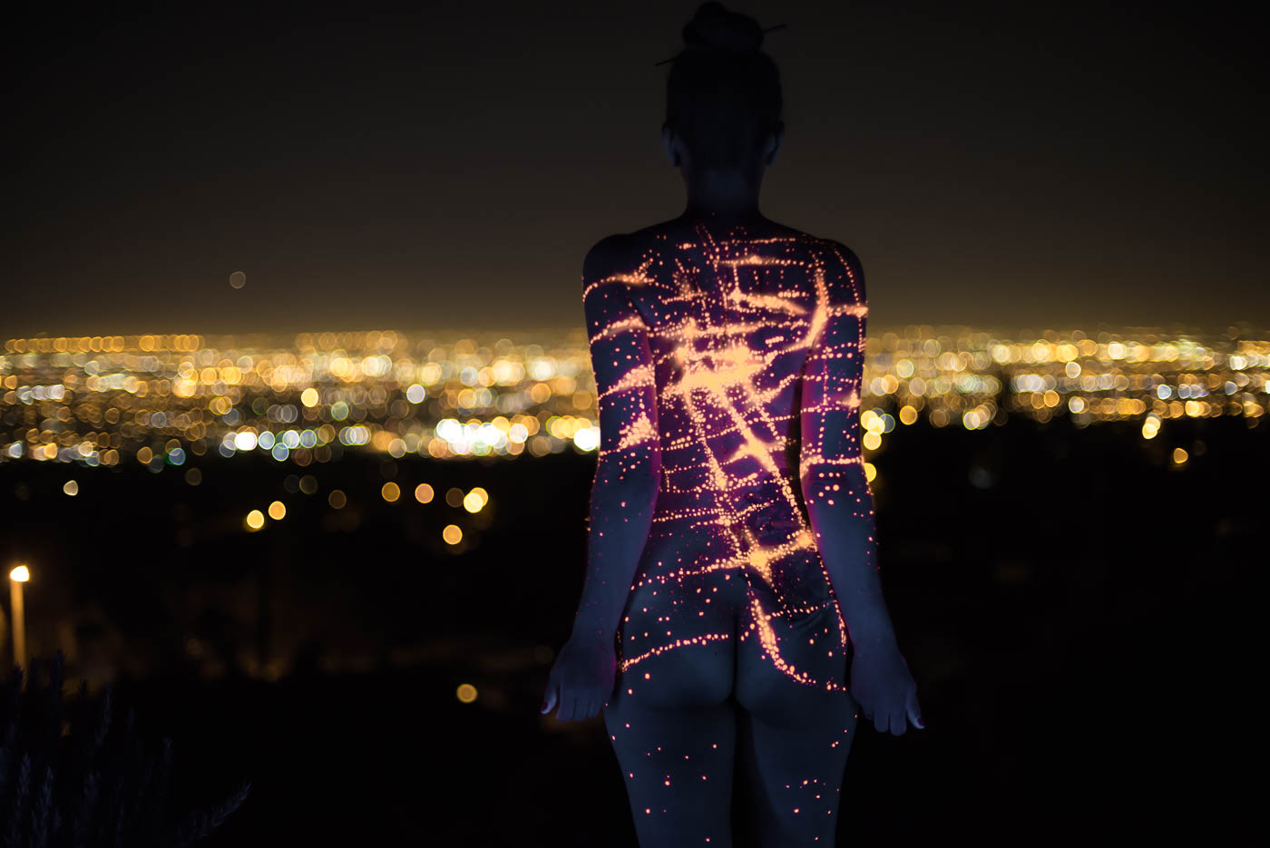 City Lights body painting by body paint artist Paul Roustan