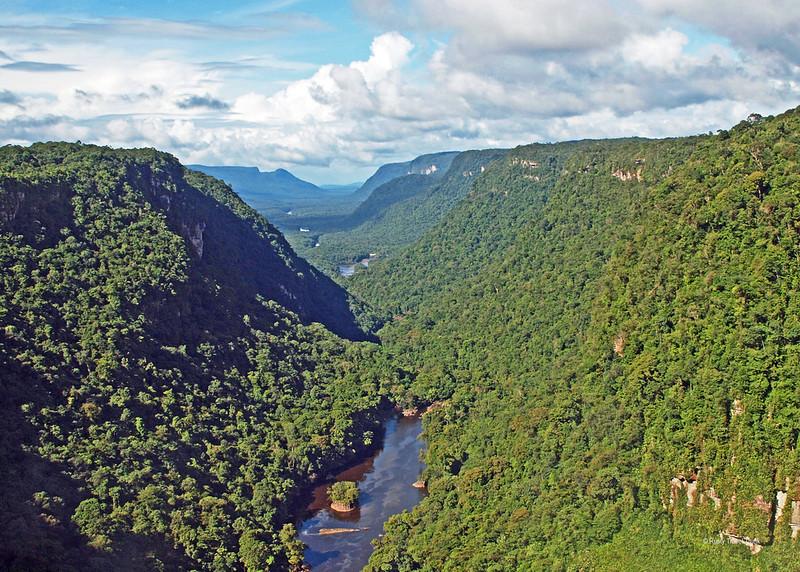 Kaieteur National Park - falls (2).JPG