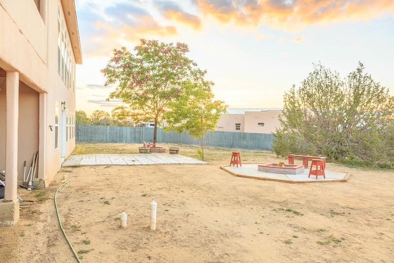 5201 E Mesa Del Oso St-13.jpg