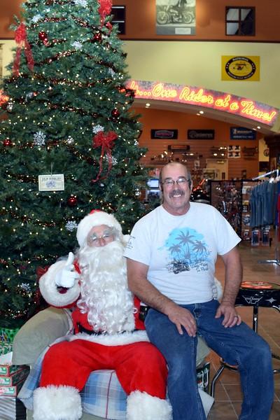 2014 Santa Visits J&P Cycles Florida Superstore (54).JPG