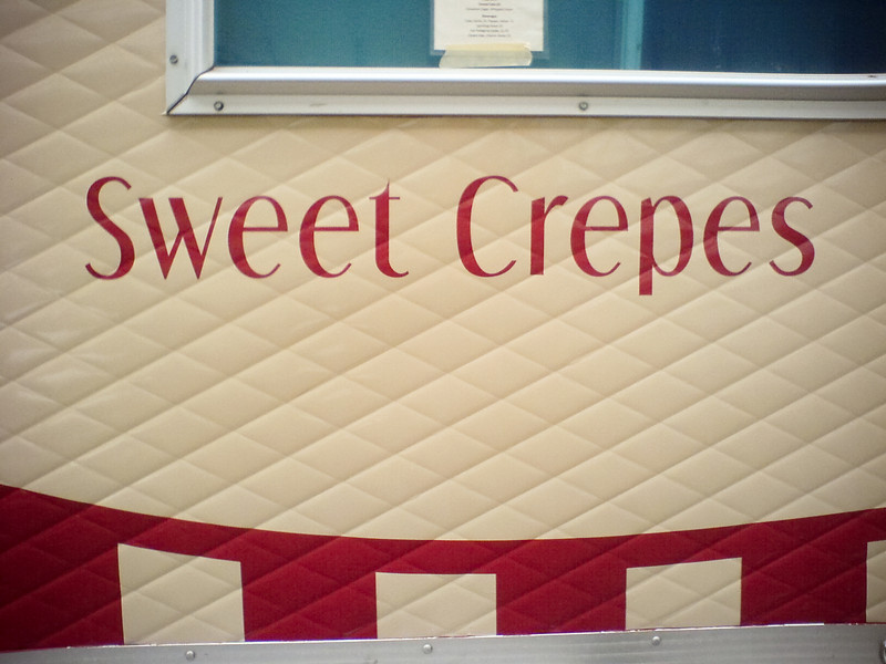 This truck also offers savory crepes, but I'm here just for dessert