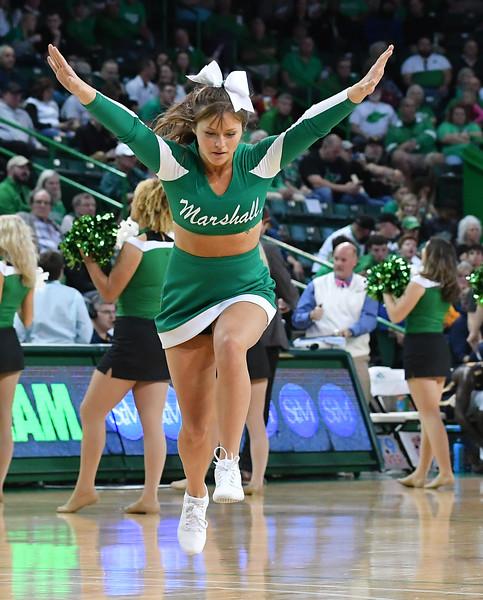 cheerleaders8777.jpg