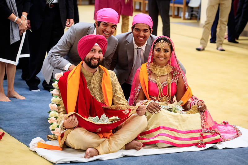 Neelam_and_Matt_Gurdwara_Wedding-1519.jpg