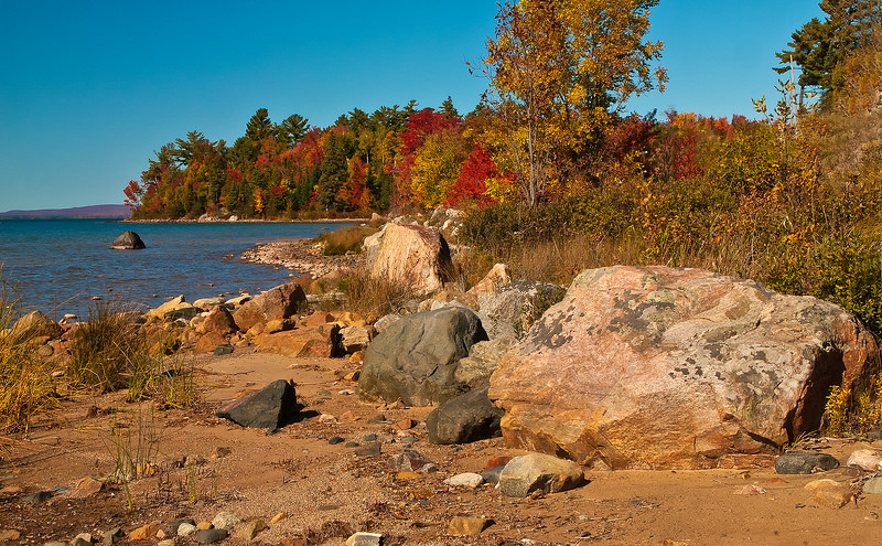 117.Lynn Nunn.1.along Lake Superior's shore.jpg