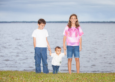 Portraits on the St. Johns River - Nathan & Rachel and children