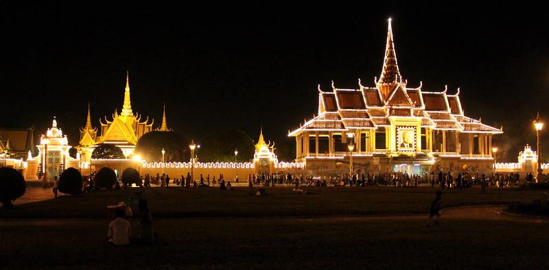 Phnom Penh's Royal Palace and Pavillion