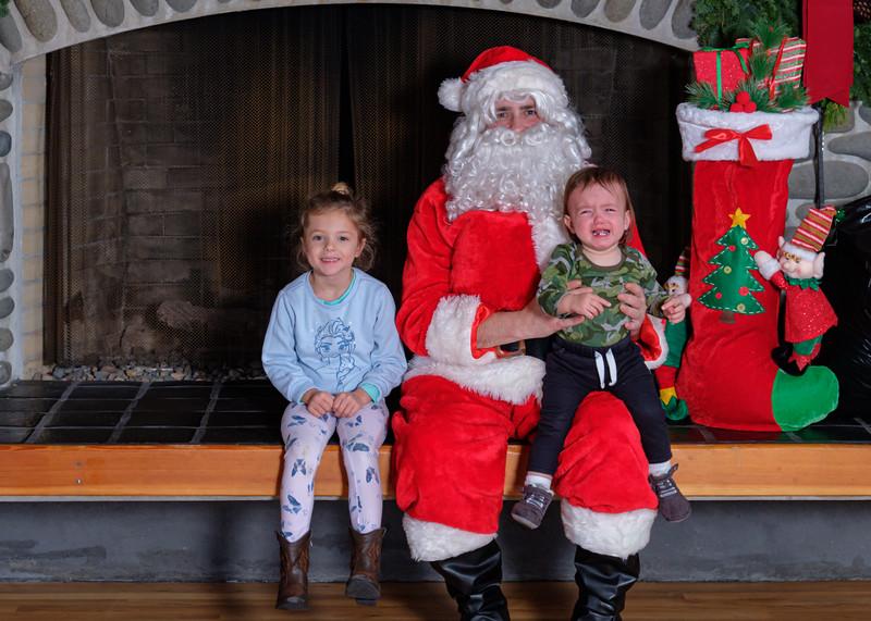 CB Santa 2019-7767.jpg