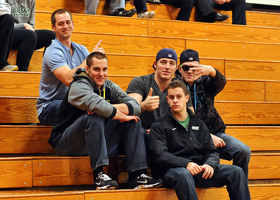 BABSON COLLEGE CHEERING TEAM SECTION  2012-2013