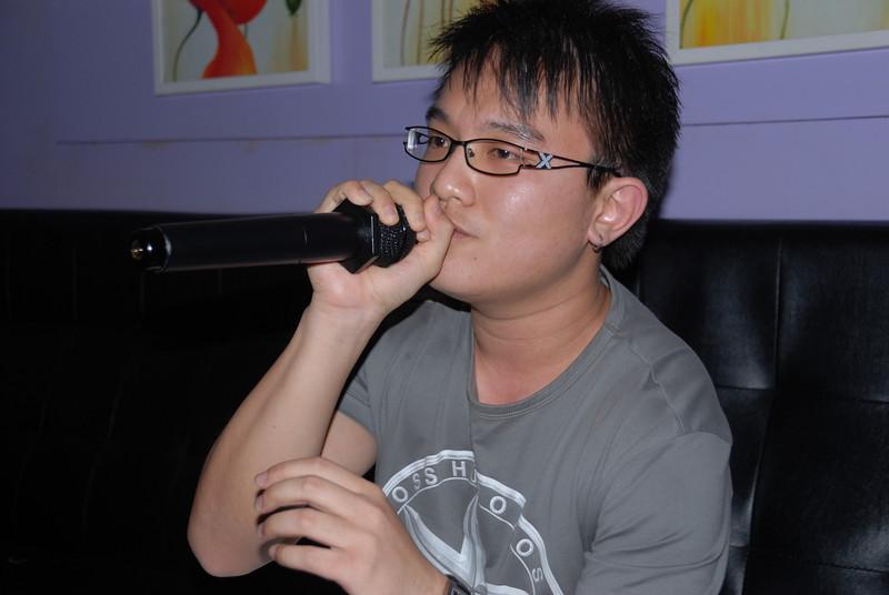 [20100219] Karaoke with ST Cousins @ Neway (27).JPG