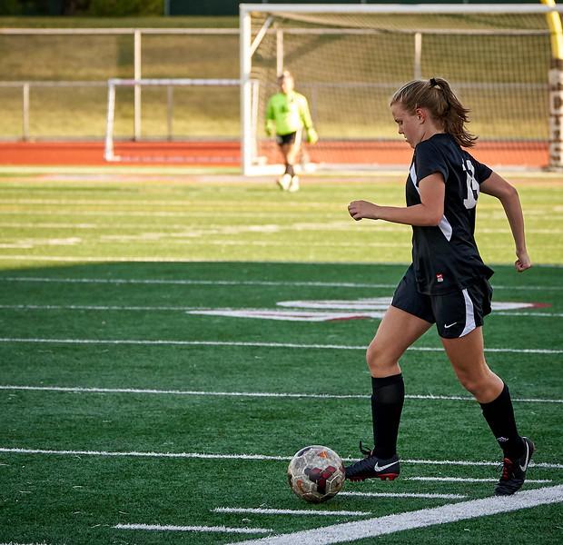 18-09-27 Cedarcrest Girls Soccer JV 134.jpg