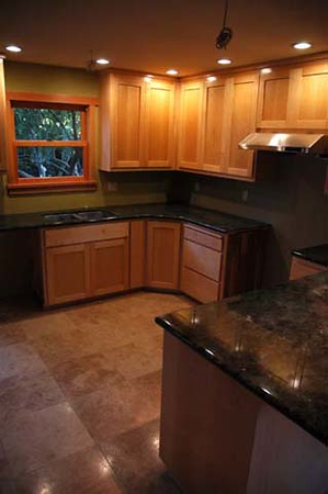 Russell residence: kitchen