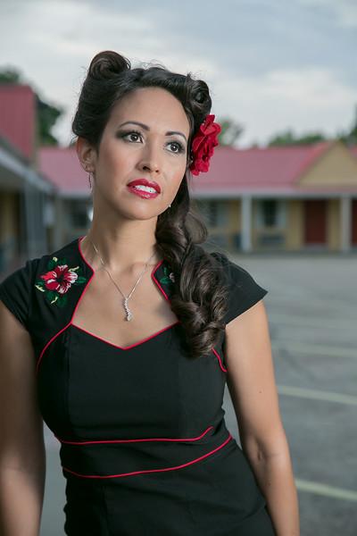 Jinelle at Motel Open-216 HighRes.jpg