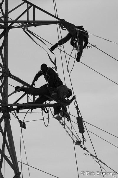 May2010 - Powerline Workers