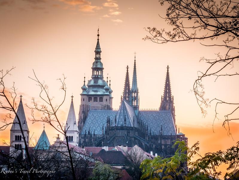 HDR Prague castle towers.jpg