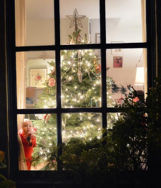 Darla is waiting for Santa Claus. Frank McKenna, San Diego Photographer