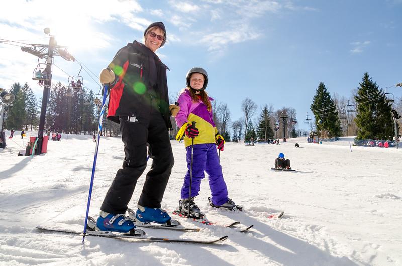 Beginners-Area_Snow-Trails-74424.jpg