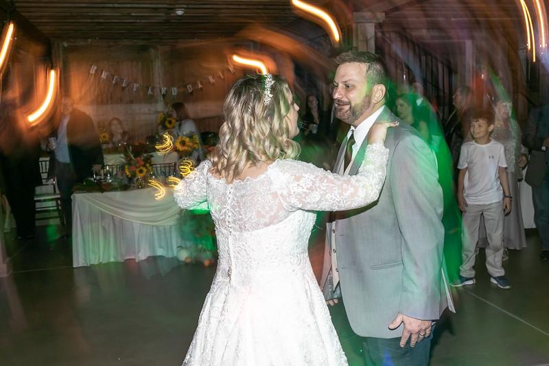 Emily_Darin_Wedding_October_12_2018_Ashley_Farm_Yorkville_Illinois-362.jpg