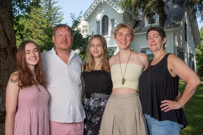 Laing Family August 2019-5.jpg