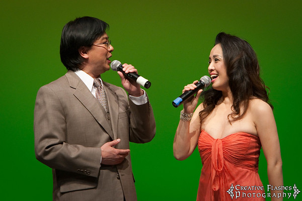 Vocalists Yadong Sun & Xuebin Zhang