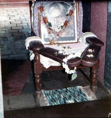 2 throne of nityananda SHANKAR