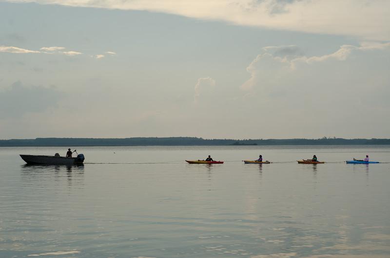kayak_ladies-7683.jpg