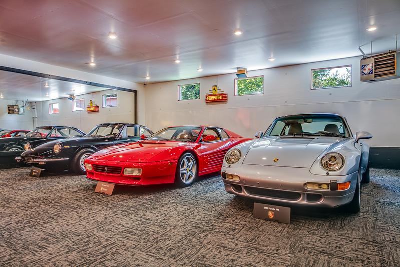 Garage IMG_4050b.jpg