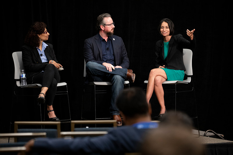 IoT and AI at the EdgeMiku Jha, Founder & CEO, AgShift, Janet George, Fellow, Chief Data Officer, Western DigitalHow 5G, AI, and iOT are speeding up real-time decision-making and efficiency in manufacturing, retail and beyond.John McElligott, CEO, York Exponential