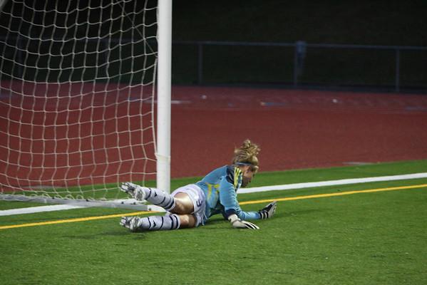 2009-09-16 IHS Girls Soccer vs Redmond