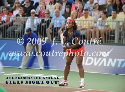 Commemorative Album - Serena Williams with Girls Night Out 2009