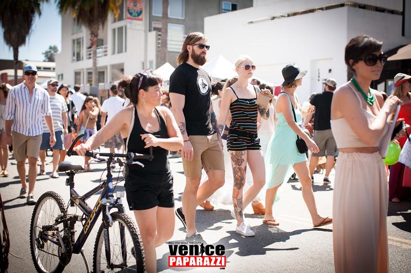 VenicePaparazzi-24.jpg