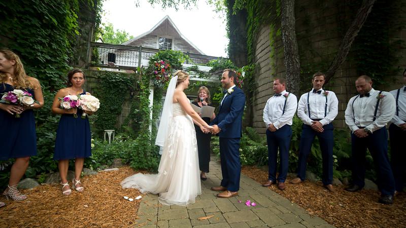 Garrett & Lisa Wedding (323).jpg