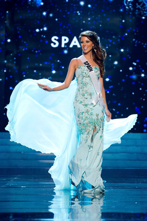 . Miss Spain 2012 Andrea Huisgen competes in an evening gown of her choice during the Evening Gown Competition of the 2012 Miss Universe Presentation Show in Las Vegas, Nevada, December 13, 2012. The Miss Universe 2012 pageant will be held on December 19 at the Planet Hollywood Resort and Casino in Las Vegas. REUTERS/Darren Decker/Miss Universe Organization L.P/Handout