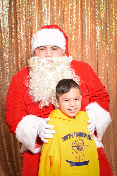 Muckleshoot Santa-018.jpg