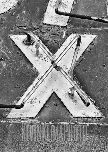 X-2.jpg