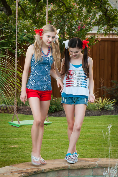 Girls July 4th-4887.jpg
